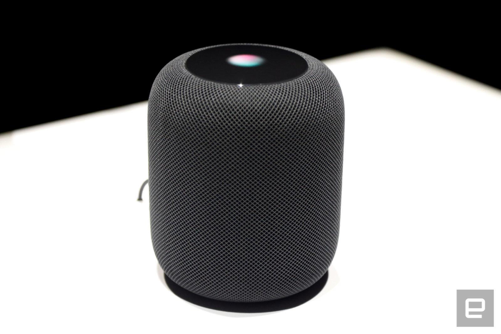 Apple podría estar cerca de lanzar su altavoz HomePod. Una lista de la FCC y referencias de códigos han surgido en cuestión de días.