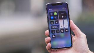 IPhone de pantalla LCD de 6,1 pulgadas de Apple podría costar casi la mitad tanto como el iPhone X. según los informes, el mismo precio como el iPhone 7 y con soporte dual-SIM