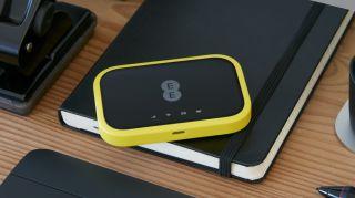 EE revela nuevos dispositivos 4GEE Wi-Fi y Wi-Fi Mini maravilla. Móvil Wi-Fi acaba de conseguir más portátil que nunca gracias a EE