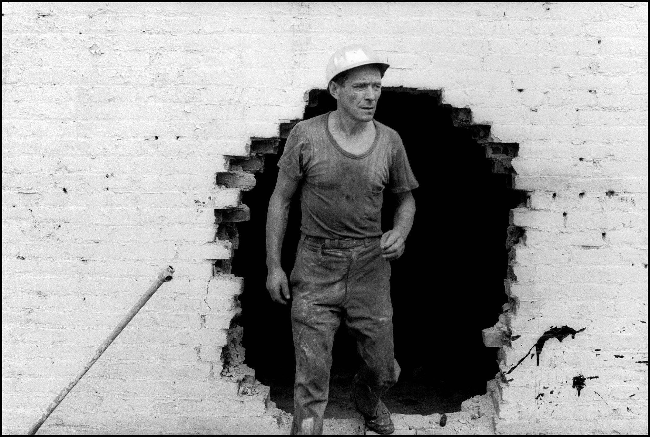 Museo ICO expondrá por primera vez en España 'La destrucción del Bajo Manhattan', del fotógrafo Danny Lyon