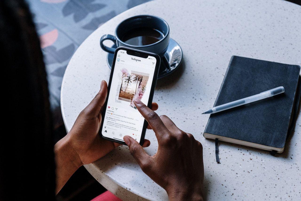 Las redes sociales pueden ser la carta de presentación de los actores, según Aficionarts