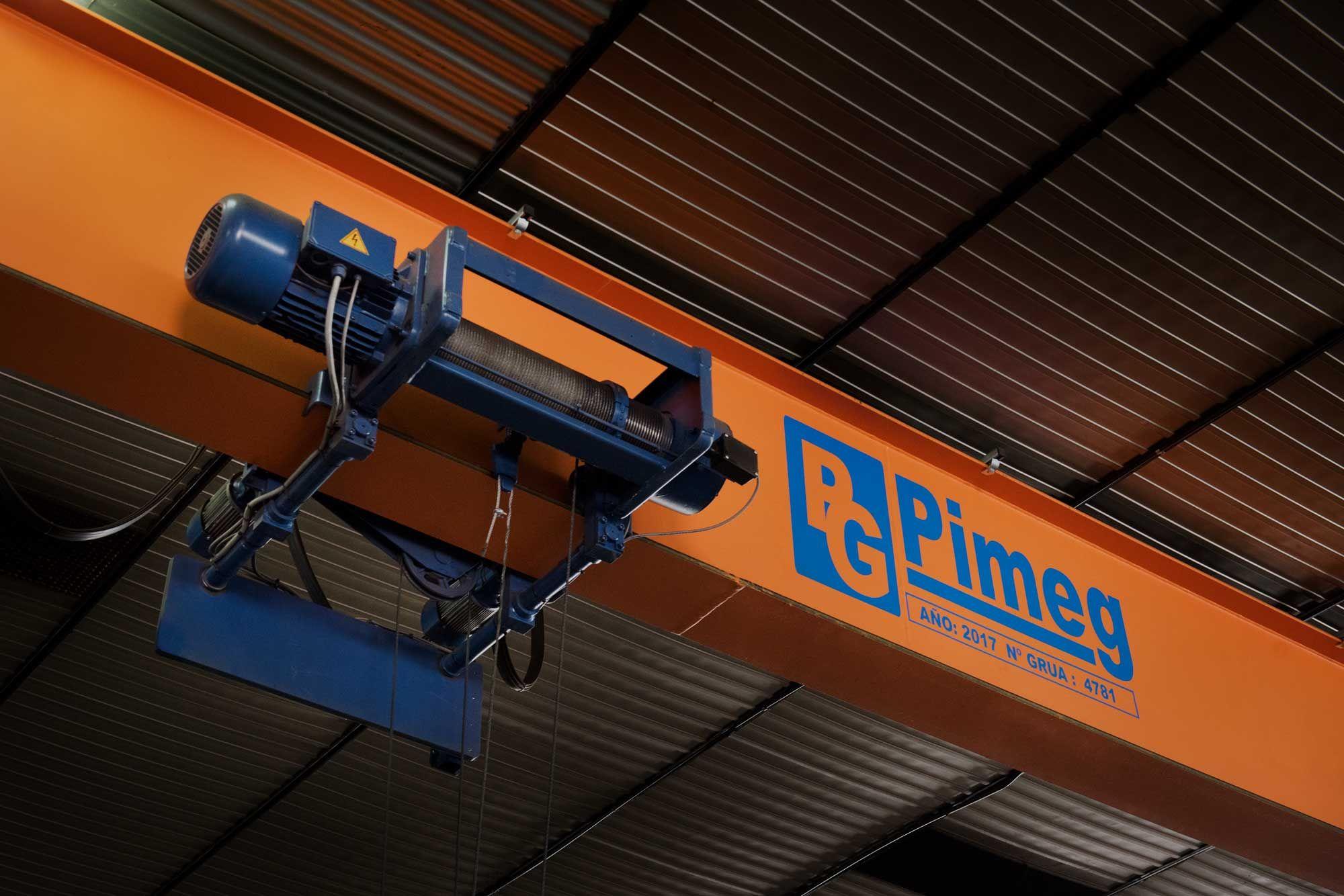 Más de 1000 empresas confían en PIMEG para la reparación de sus puentes grúa
